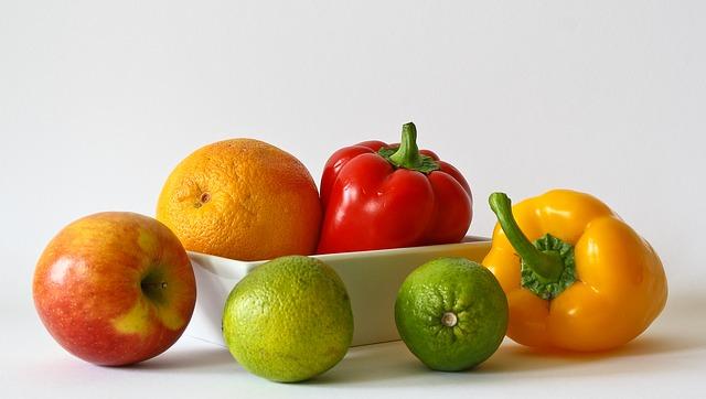fruits-320136_640